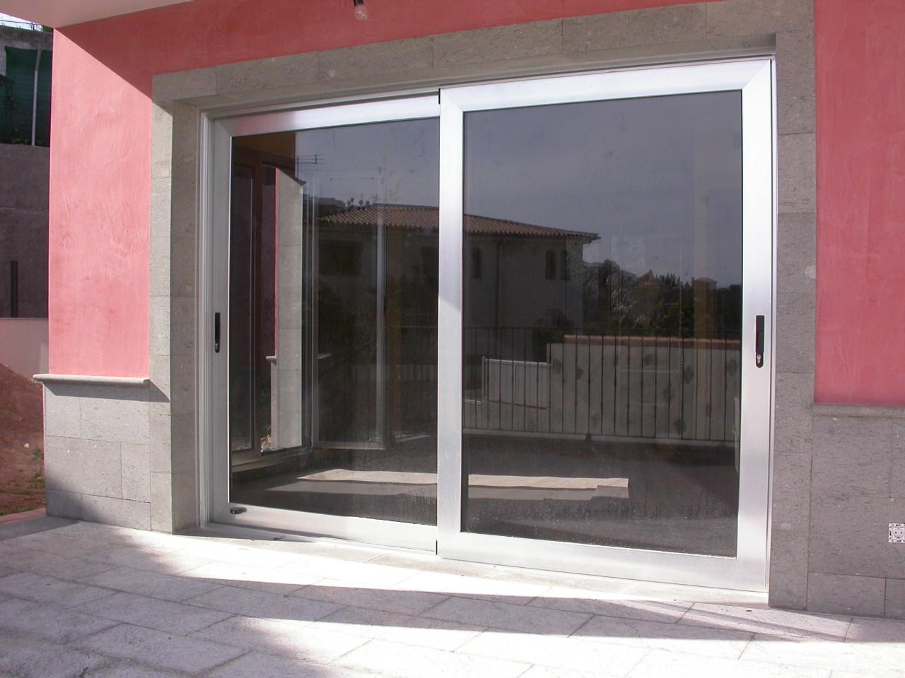 Puertas de aluminio correderas perfect puertas correderas for Puertas exterior aluminio baratas
